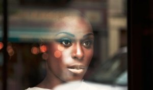 Laura Mvula green