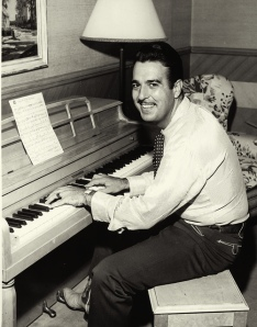 tennessee ernie ford piano